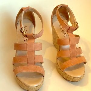 Cordani Suede wedges Size 35 Made in Italy